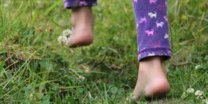 marcher pieds nu, les bienfaits