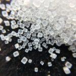 Iode sous forme de cristaux, utilisé en complément alimentaire.